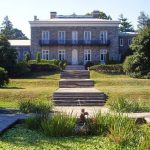 front of bartow-pell mansion